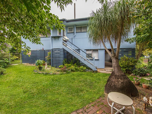 12 Houghton Avenue, Redcliffe, Qld 4020