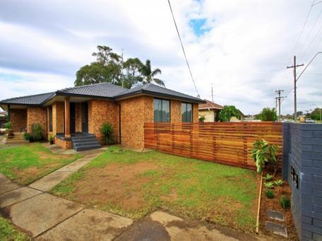 1/23 Shellharbour Road, Lake Illawarra, NSW 2528