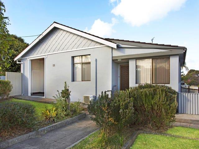10 Sixth Avenue, Port Kembla, NSW 2505