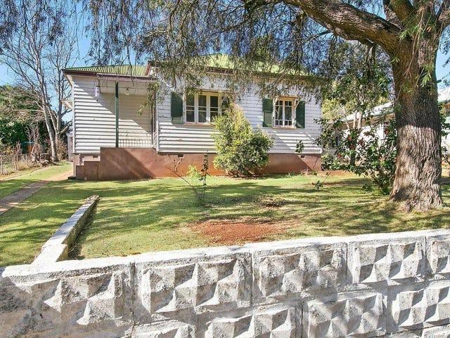 16 Haig Street, South Toowoomba, Qld 4350