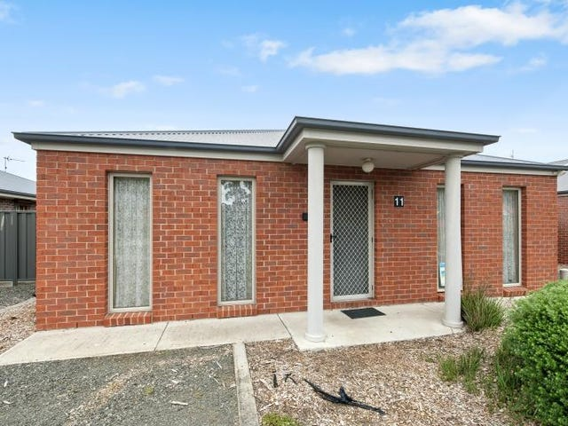 12 Jemacra Place, Mount Clear, Vic 3350
