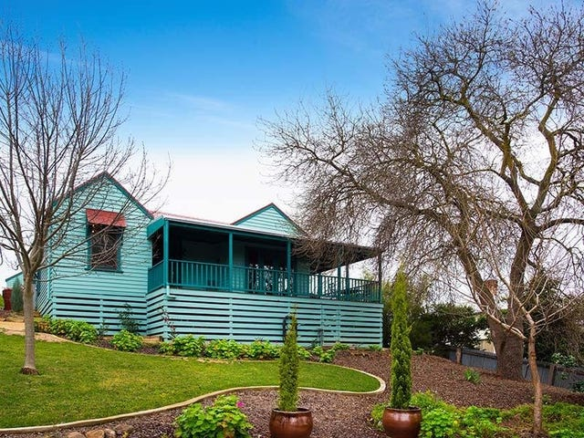 74 Bowden Street, Castlemaine, Vic 3450
