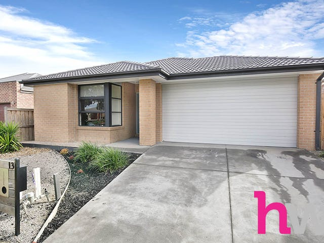 13 Remarkable Drive, Mount Duneed, Vic 3217