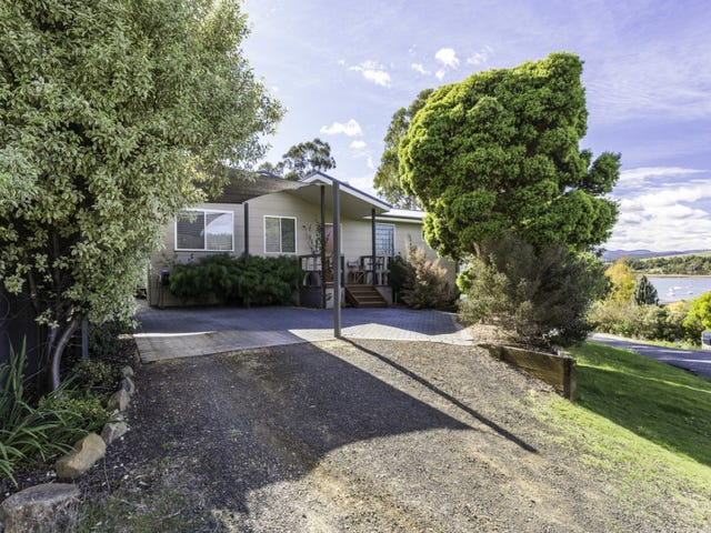 11 Old Coach Road, Gravelly Beach, Tas 7276