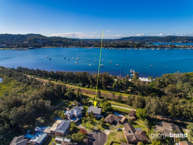 15 Althea Place, Point Clare, NSW 2250