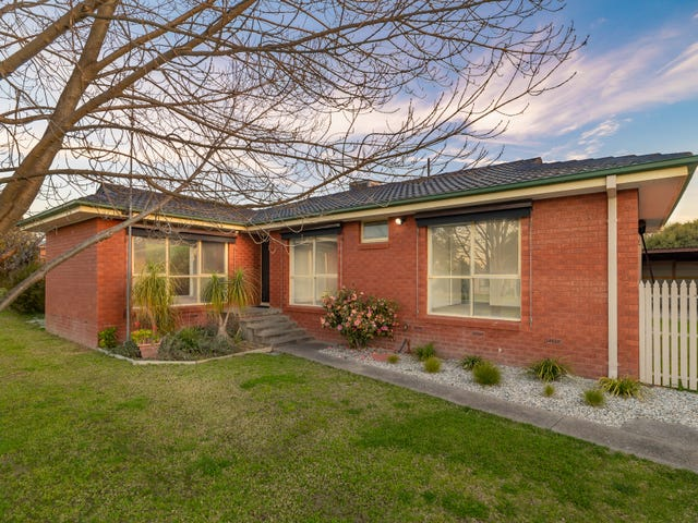 107 Hotham Circuit, Thurgoona, NSW 2640
