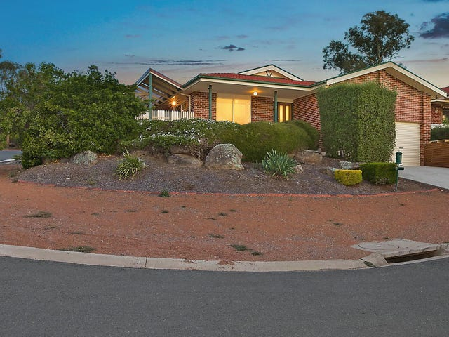 2 Nugent Close, Jerrabomberra, NSW 2619