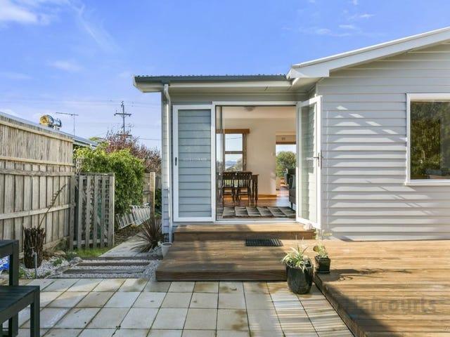 251 Roslyn avenue, Blackmans Bay, Tas 7052