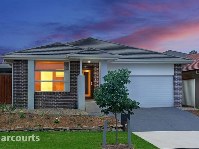 16 Thorpe Circuit, Oran Park, NSW 2570