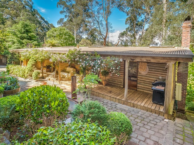 32 Barbers Road, Kalorama, Vic 3766