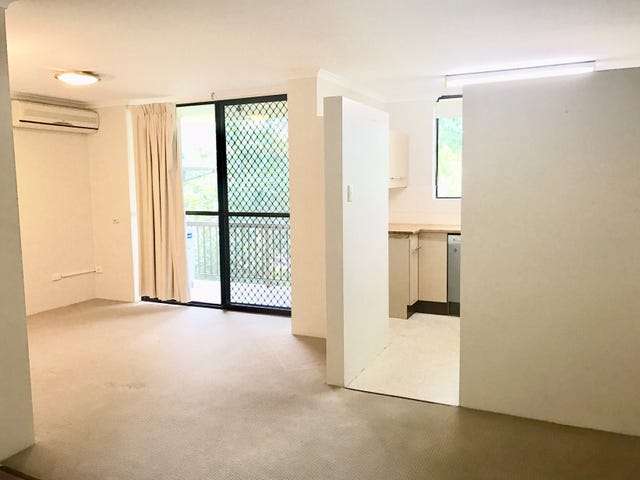 4/151 Central Avenue, Indooroopilly, Qld 4068