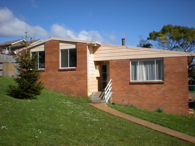 16 Lorymer Place, Shorewell Park, Tas 7320