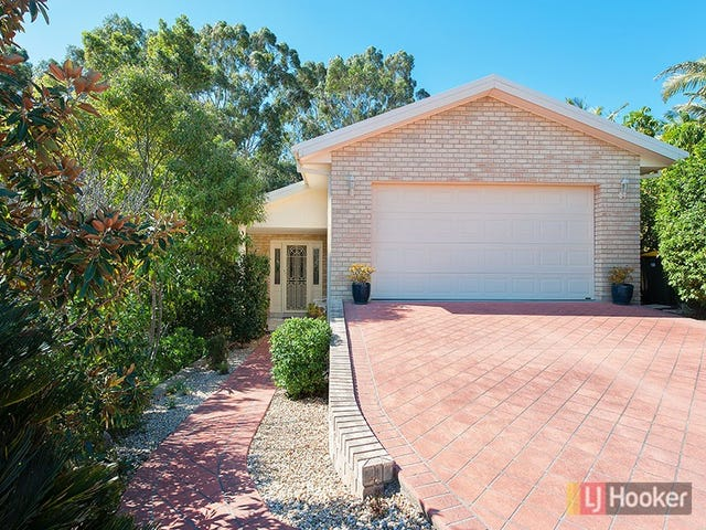 16 Hairtail Close, Corlette, NSW 2315