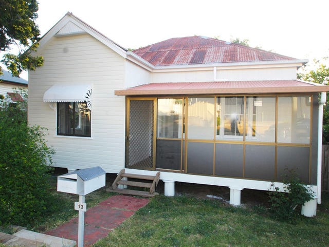 13 Aspect Street, North Toowoomba, Qld 4350
