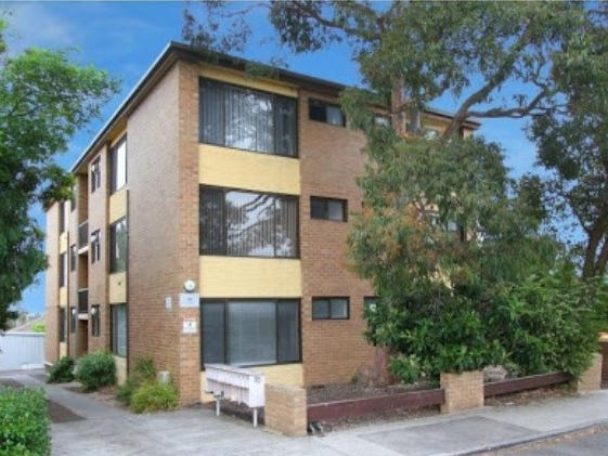4/15 Shaftsbury Street, Essendon, Vic 3040