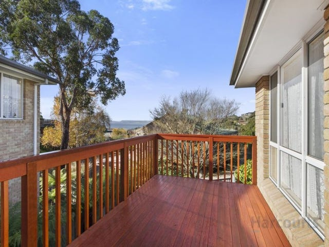 2/15 Windhaven Court, Blackmans Bay, Tas 7052