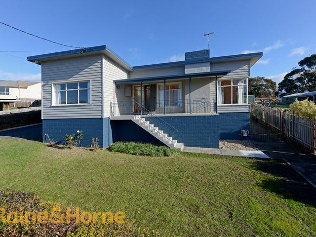 18 First Avenue, West Moonah, Tas 7009