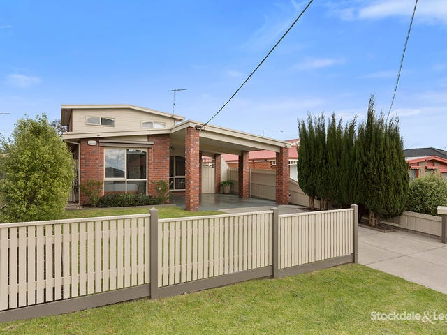 26 Fifth Avenue, Rosebud, Vic 3939