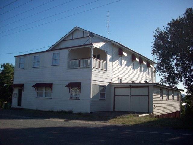 4/4 Stewart Terrace, Gympie, Qld 4570