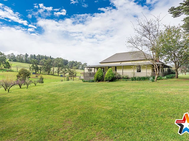 305 Beenak Road, Wandin North, Vic 3139