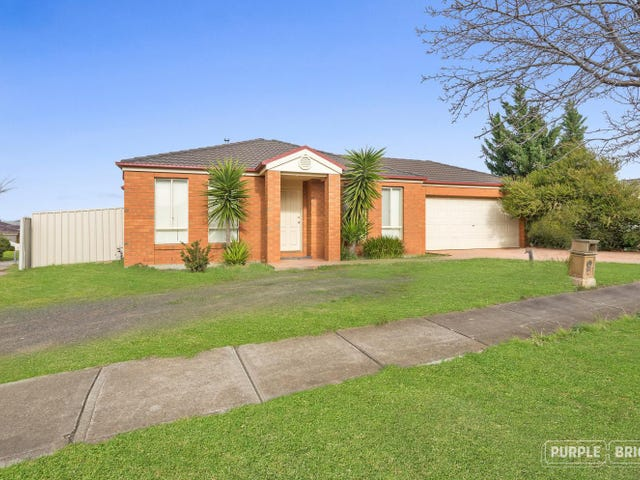 15 Marrowie Place, Taylors Hill, Vic 3037