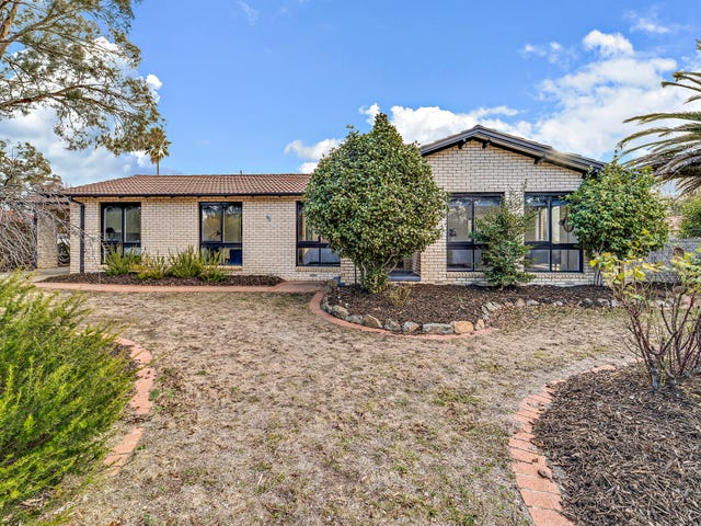 90 Diamantina Crescent, Kaleen, ACT 2617
