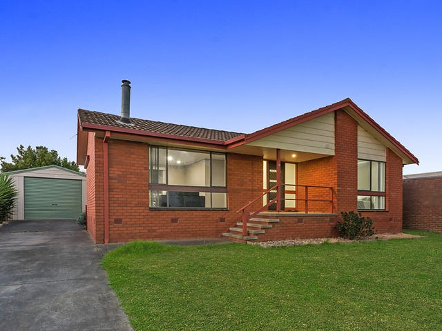 52 Wingarra Drive, Grovedale, Vic 3216