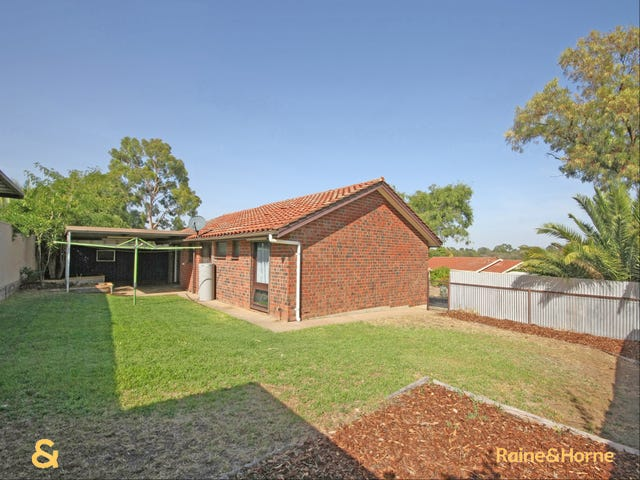 2 Amos Court, Morphett Vale, SA 5162