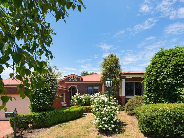 54 Blakeley Road, Castlemaine, Vic 3450