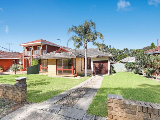 10 Ayres Crescent, Georges Hall, NSW 2198