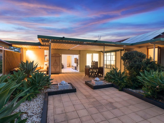 128 Henry Cotton Drive, Parkwood, Qld 4214