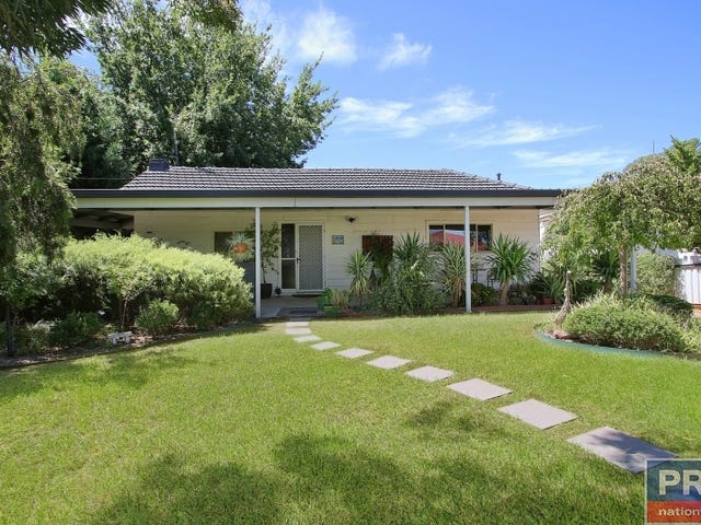 292 Highview Crescent, Lavington, NSW 2641