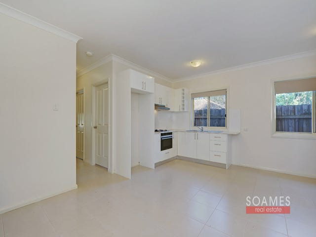 Flat 11B Hall Road, Hornsby, NSW 2077