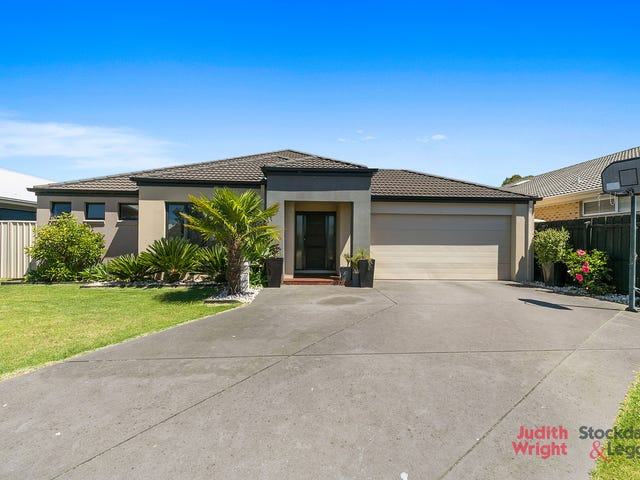 13 Anthony Court, Cowes, Vic 3922