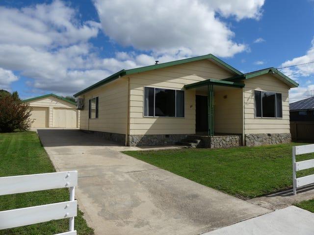 54 West Barrack St, Deloraine, Tas 7304