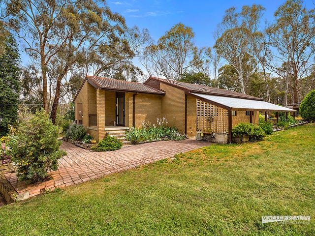 1 Specimen Gully Road, Barkers Creek, Vic 3451