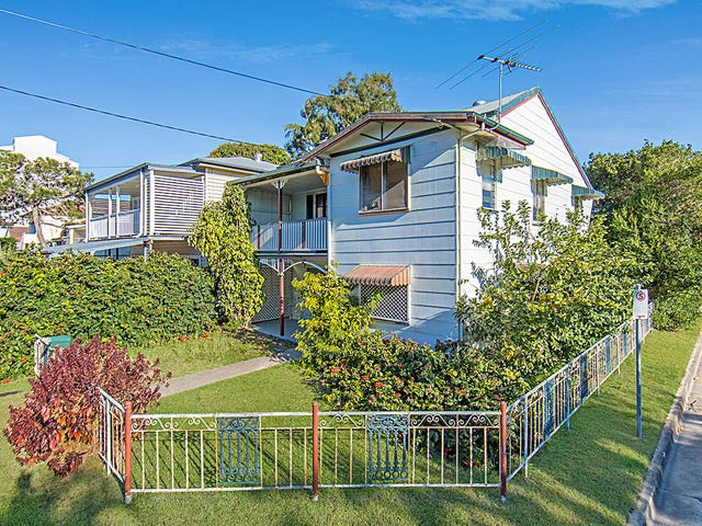 25 Louis Street, Redcliffe, Qld 4020