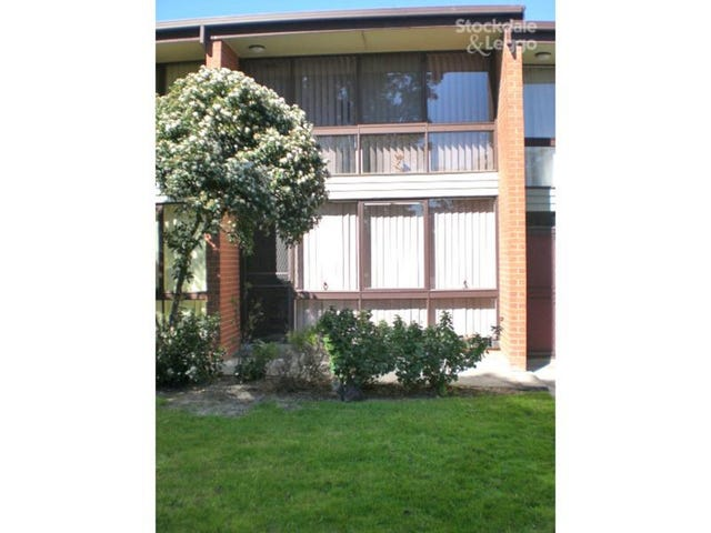 4/1 Holman Court, Breakwater, Vic 3219