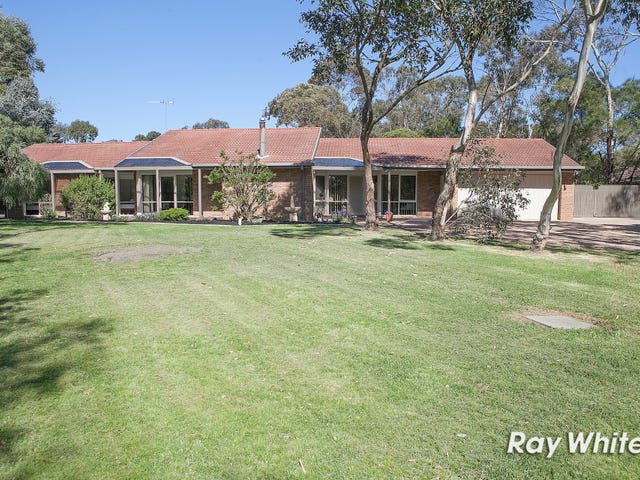 24 Stephens Place, Somerville, Vic 3912