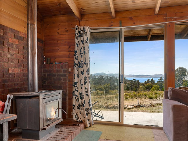 110 Happy Valley Road, Spring Beach, Tas 7190