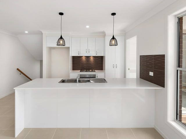 1 and 2/157 The Point Drive, Port Macquarie, NSW 2444