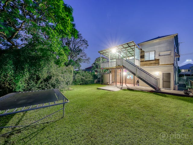 12 Badger Street, Newmarket, Qld 4051