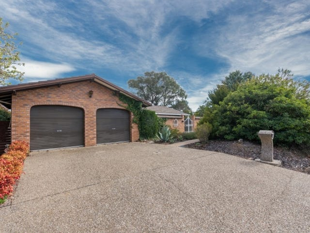 4 Farncomb Place, Gowrie, ACT 2904