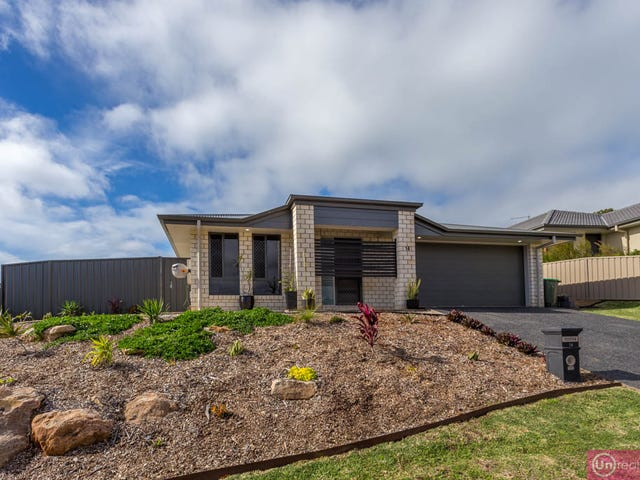14 Moonee Creek Drive, Moonee Beach, NSW 2450