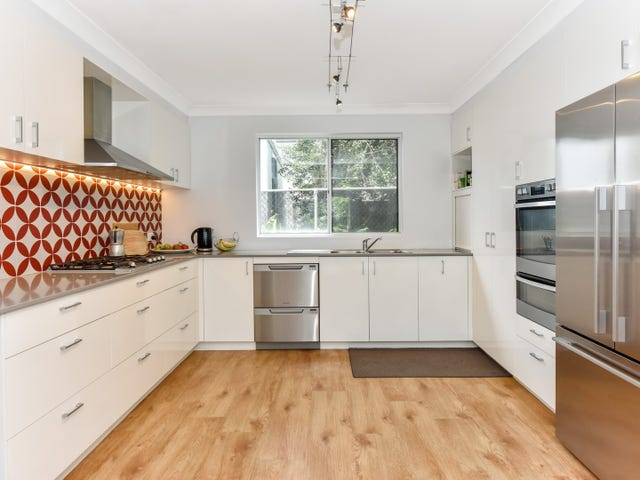 1 Eulalia Avenue, Point Frederick, NSW 2250