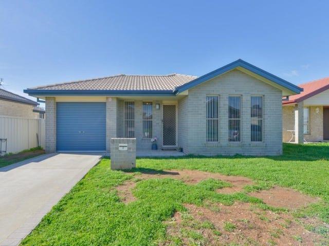 2 Tasman Place, Tamworth, NSW 2340