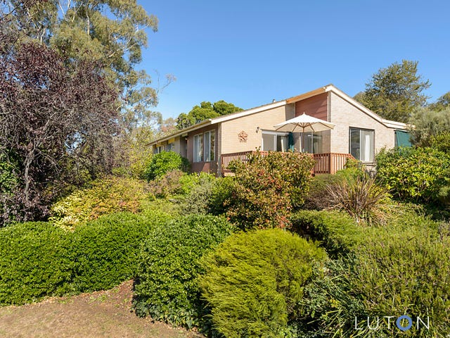 10 Bennelong Crescent, Macquarie, ACT 2614