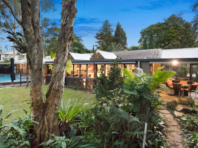 18 Sundown St, Kenmore, Qld 4069