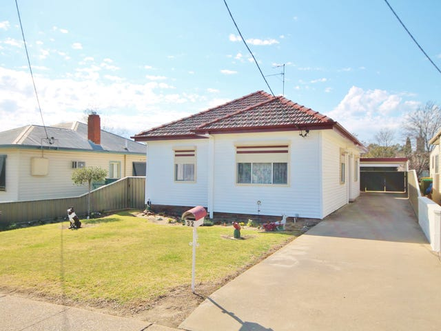 32 Thornhill Street, Young, NSW 2594