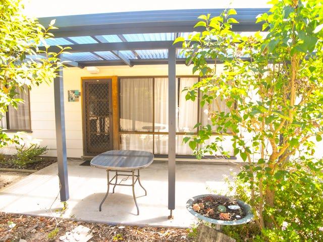 169 Main Road, Binalong Bay, Tas 7216